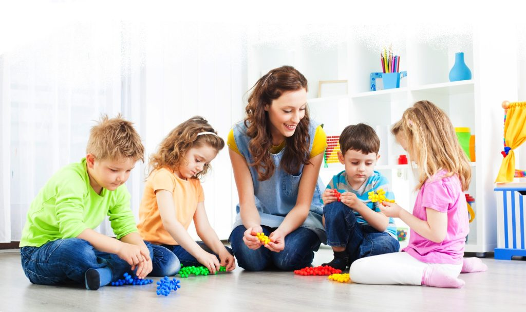 choosing-a-daycare-for-your-child-04 (1)
